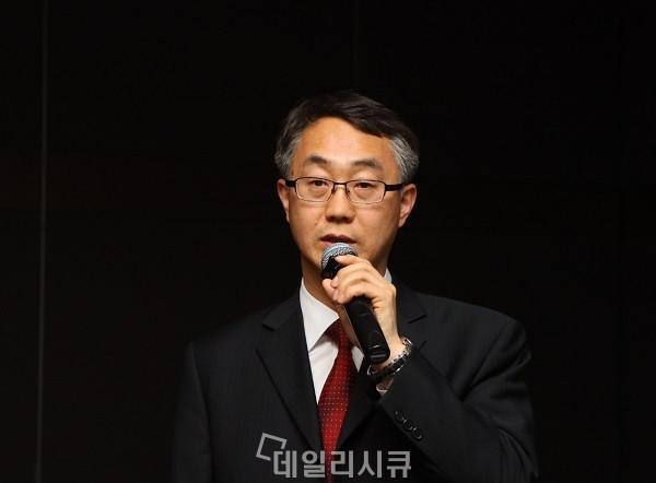 ▲ 좋을 안병현 연구소장. 강연진행 중