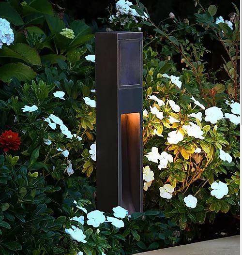 Light Outdoor Speakers