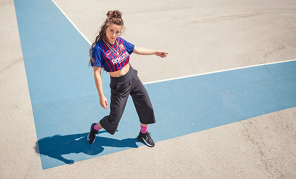 Nike_Sporty3_1000.jpg