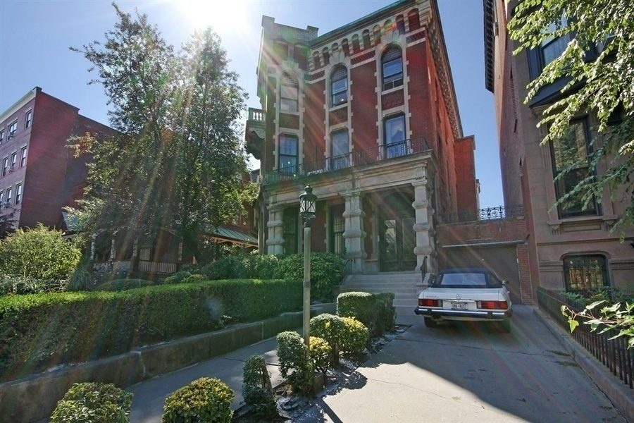 Clinton Ave Mansion.jpg