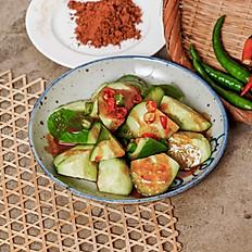 Office Friendly Spicy Cucumber Salad 走蒜扮工青瓜