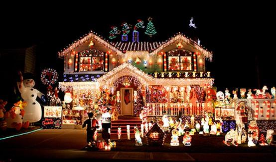 All-out-Christmas-Lights-house.jpg