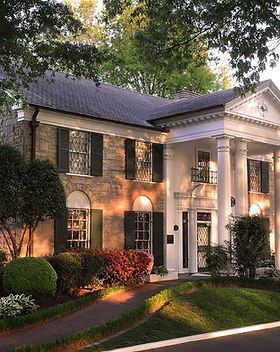 15975033-graceland-mansion.jpg