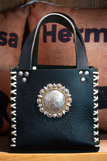 Bucket Tote-this is available with a different concho