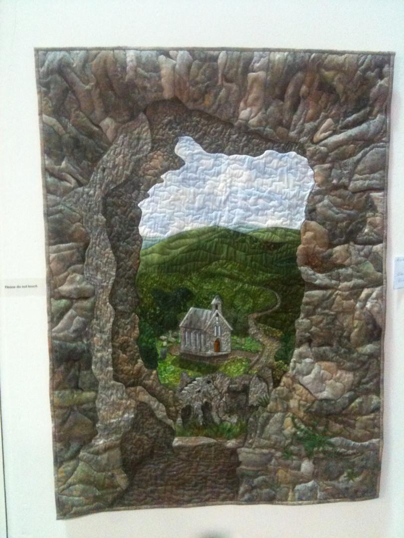 View through an gap in a wall