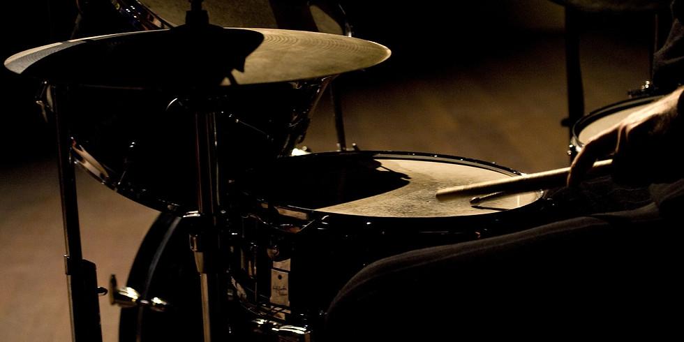 «А нам по барабану»