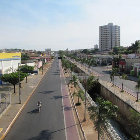 Avenida Engenheiro José Nelson Machado.