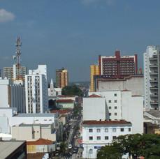 Centro - Rua Brasil.