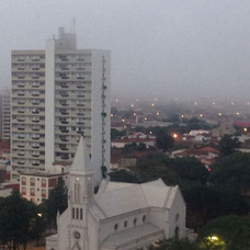 Centro - Igreja Matriz de São Domingos e Edifício João Alonso Garcia.
