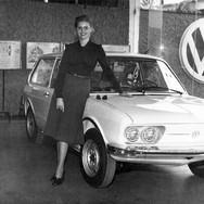 Shirley Zampieri em lançamento de carro na Diacal.