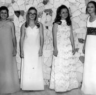 Sônia Regina Borges, Neuza Maria Carminatti, Ângela Maria Bandeira e Ercilia (Cila) Laura Brunetti - aniversário de 15 anos de Ângela.