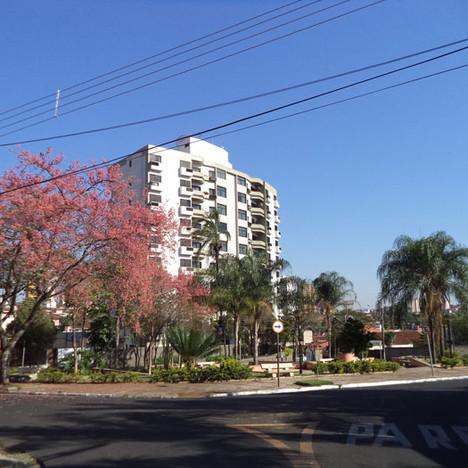 Praça Espanha - Bairro Parque Iracema.