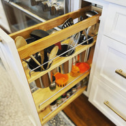Utensil storage to keep the counters clear