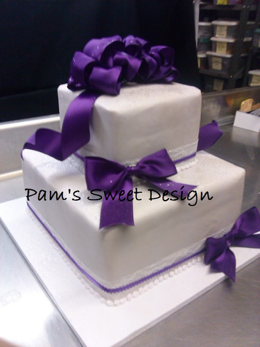 Wedding Cake: Square White with purple bows