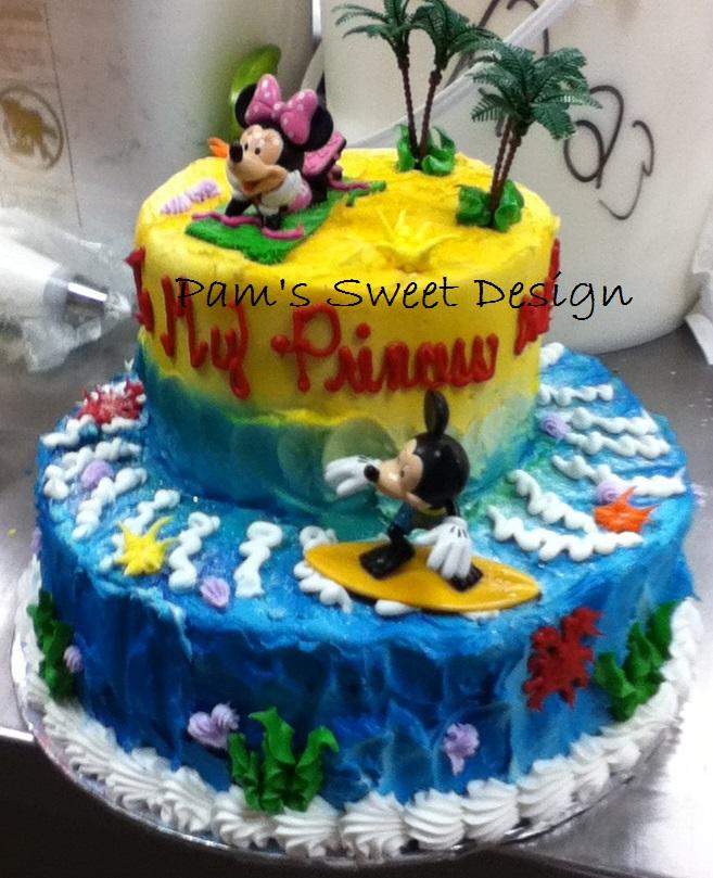 Micky and Minnie surf