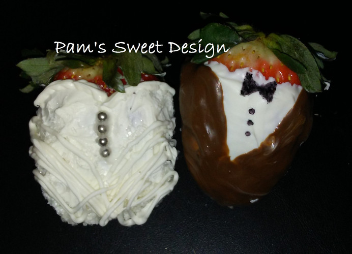 Bride and Groom chocolate dipped strawbe