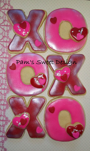 XOXO Valentine Decorated Cookies