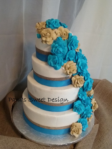 Wedding Cake: Royal icing Teal Flowers