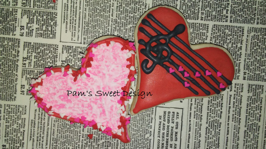 Valentine Heart Music Decorated Cookie