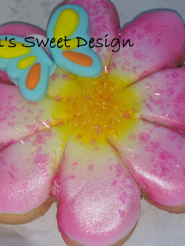 Flower Airbrushed Decorated Cookie