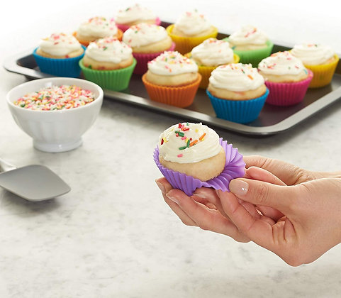 12 Reusable Silicone Baking Cups