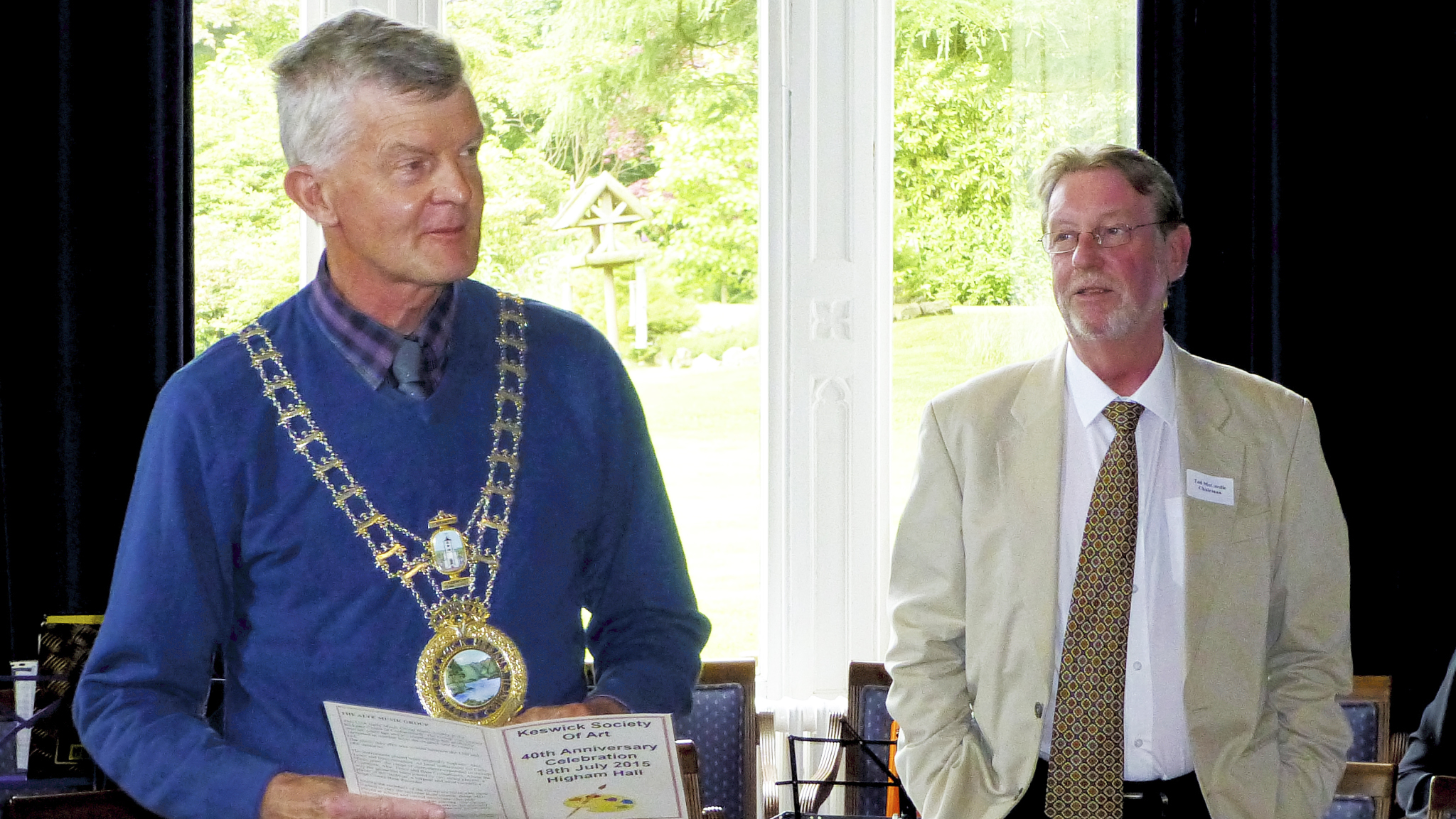 The Mayor opens the proceedings