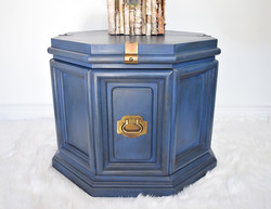 Blue side table, coffee table, end table night stand, Annie Sloan chalk paint aubusson blue