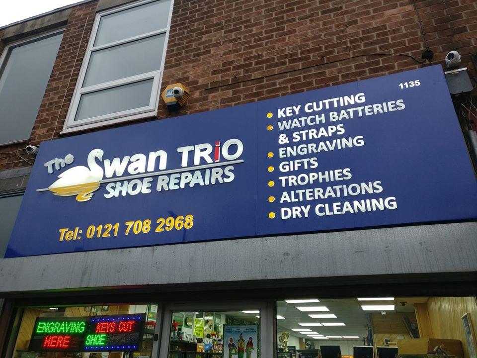 Swan Trio