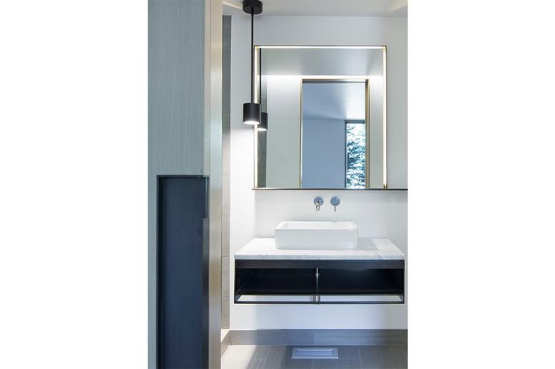 bathroom-7.jpg