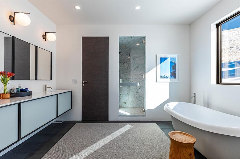 bathroom-2.jpg