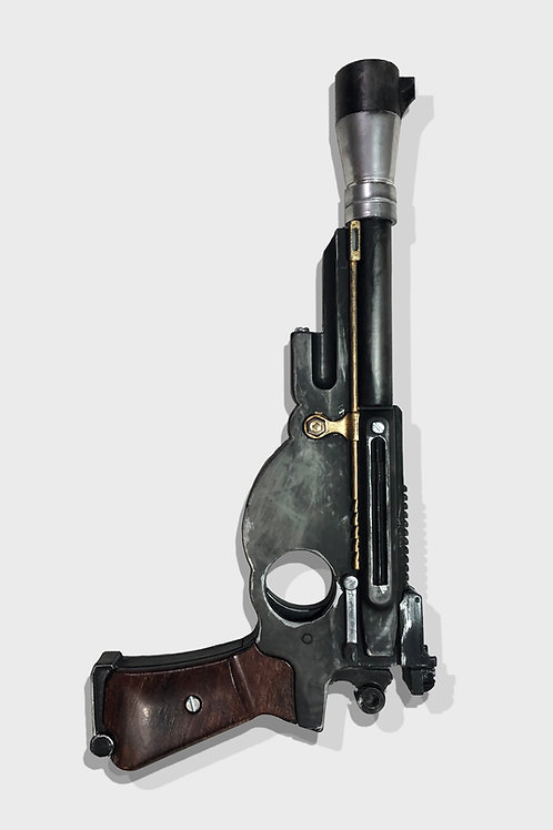 The Mandalorians Blaster Pistol Custom Replica Prop