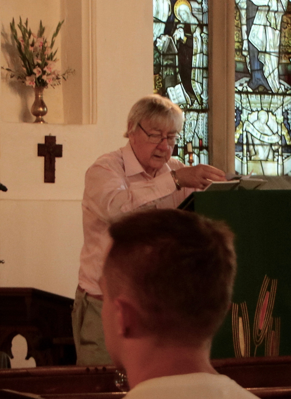 Colin reading poetry as part of a Cambeidge Pub Poets event at St Mary the Virgin in 2017
