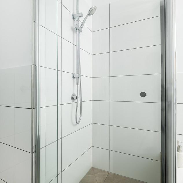 Bathroom Makeover Burwood.JPG