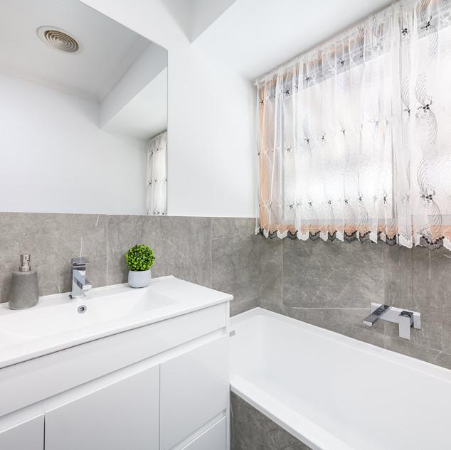 Bathroom Facelift Box Hill.JPG