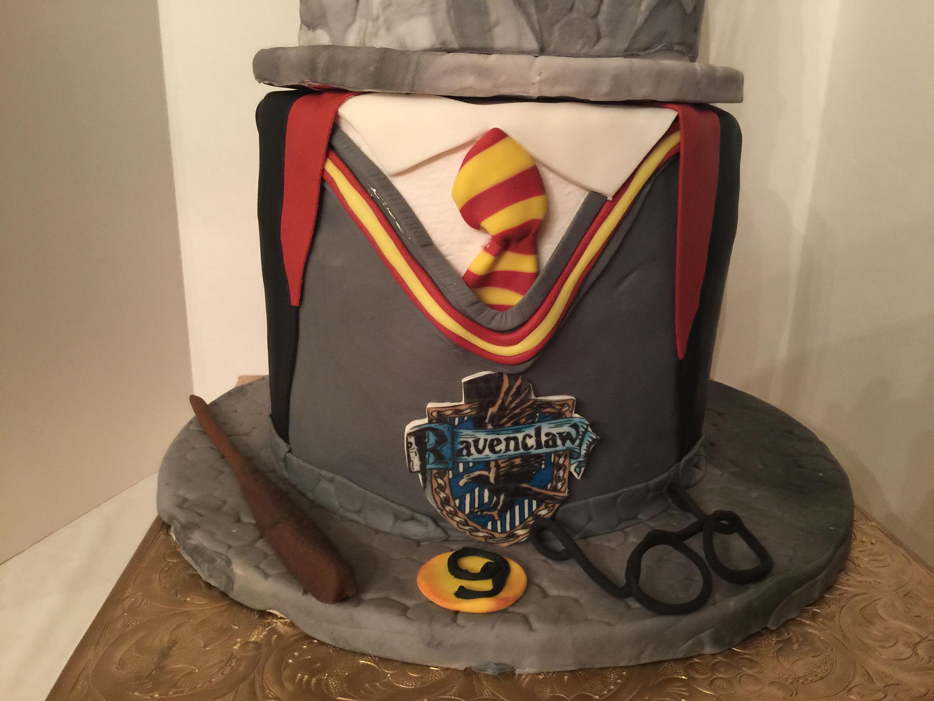 Happy Birthday Potter Cake