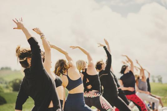 Yoga_group_02.jpg