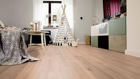 wineo-laminat-500-large-v4-balanced-oak-
