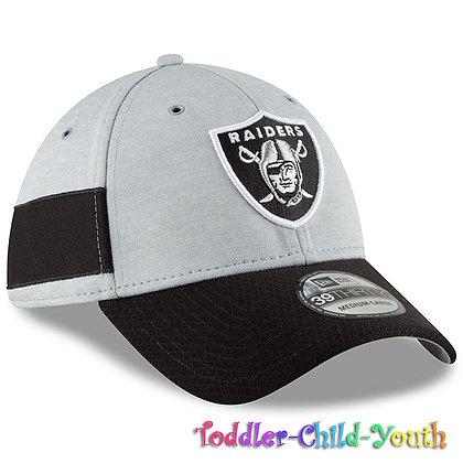 """Kids Oakland Raiders New Era Black/Gray 2018 NFL Sideline Home 39THIRTYHat"