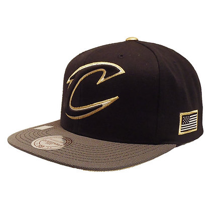 Men's Cleveland Cavaliers Mitchell and Ness Gold Button Black Snapback