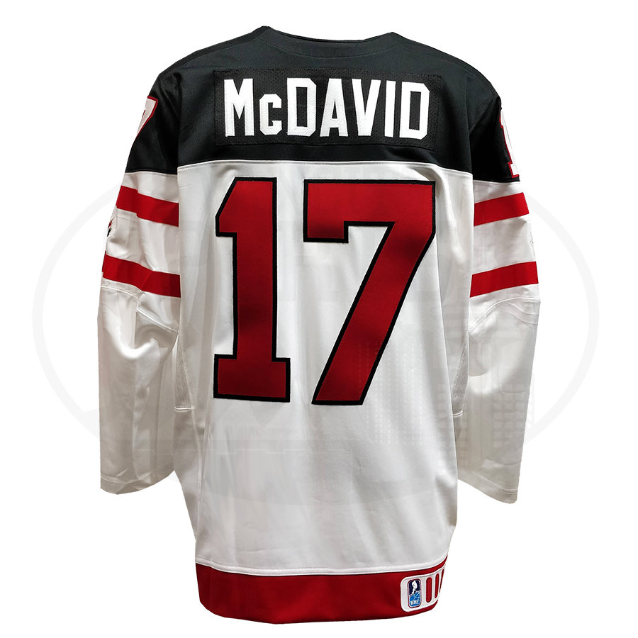 separation shoes 7f1ec 661ef Men's Team Canada World Junior 2015 Connor McDavid #17 Nike Jersey