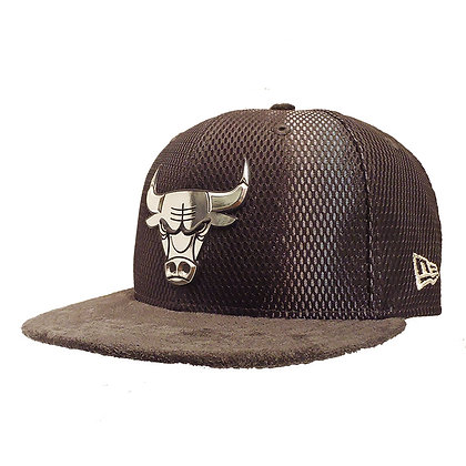 Men's Chicago Bulls New Era ONC Silver on Grey Suede 59FIFTY Fitted Hat