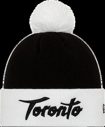 NEW ERA TORONTO RAPTORS CITY WHITE/BLACK HOLIDAY POM KNIT HAT