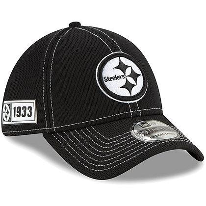 Men's Pittsburgh Steelers New Era Black 2019 Sideline Road 39THIRTY Flex Hat