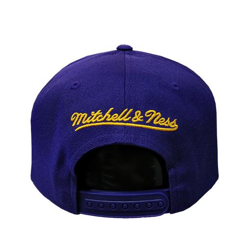 c1839bb0d Men s Los Angeles Lakers Wool Solid Minimal Mitchell   Ness Purple Snapback  Hat