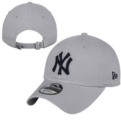 Men's New York Yankees New Era Grey Core Classic Twill 9TWENTY Adjustable Hat