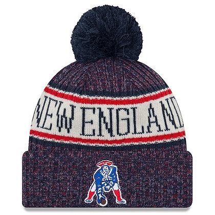 Men's New England Patriots New Era Historic logo 2018 Sideline Official Knit Hat