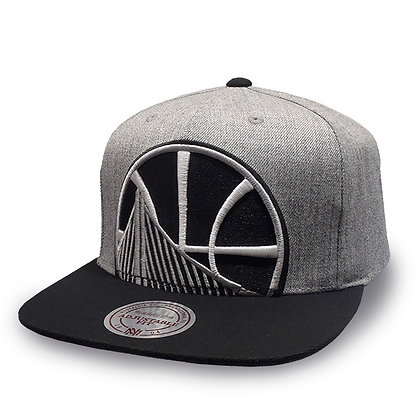 Golden State Warriors Mitchell and Ness Crop XL Grey/ Black Snapback