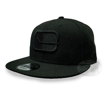 Men's Vancouver Canucks Stick Logo New Era Black on Black 9FIFTY Snapback