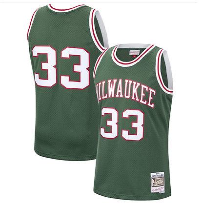 Men's Milwaukee Bucks Kareem Abdul-Jabbar Green 70-71  HWC Swingman Jersey