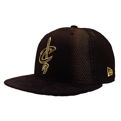 Men's Cleaveland Cavaliers New Era ONC Gold on Black Suede 59FIFTY Fitted Hat